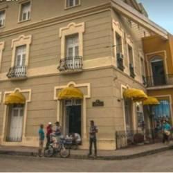 Hotel Plaza 2**  - Camagüey (HAB)